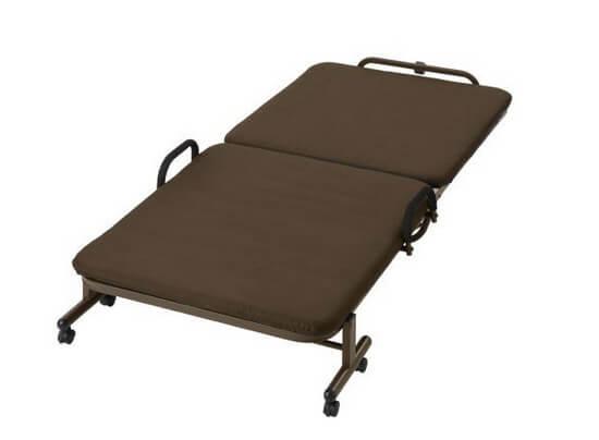 二つ折りベッドタイプ